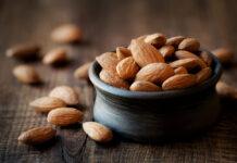 almond meaning in urdu