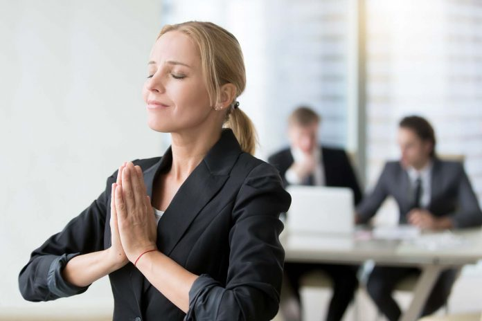9 Ways To Stay Healthy In The Office